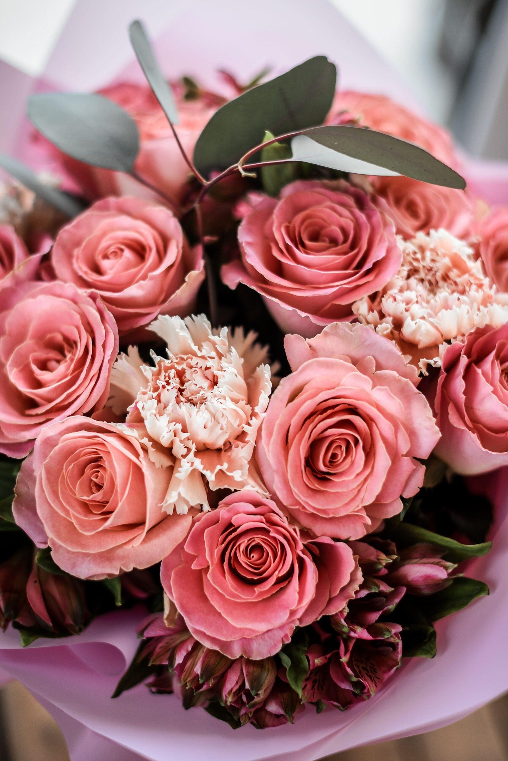 rozes, gimtadienio geles, geles gimtadieniui, geles vilniuje, geles i namus, puokste, puokste i namus, puokste vilniuje