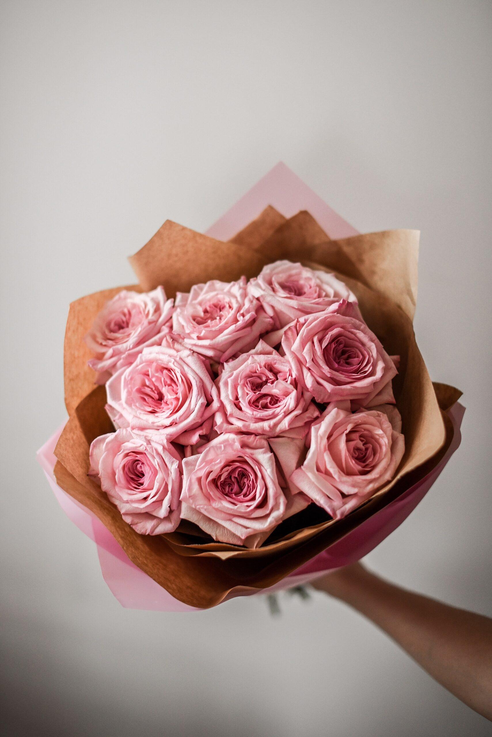 rozes, gimtadienio geles, geles gimtadieniui, geles vilniuje, geles i namus, puokste, puokste i namus, puokste vilniuje, geles mamos dienai